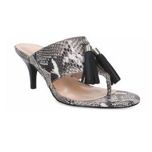 TAHARI | Rowan snake print tassel thing sandals 9